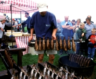Making smokies at Arbroath Seafest
